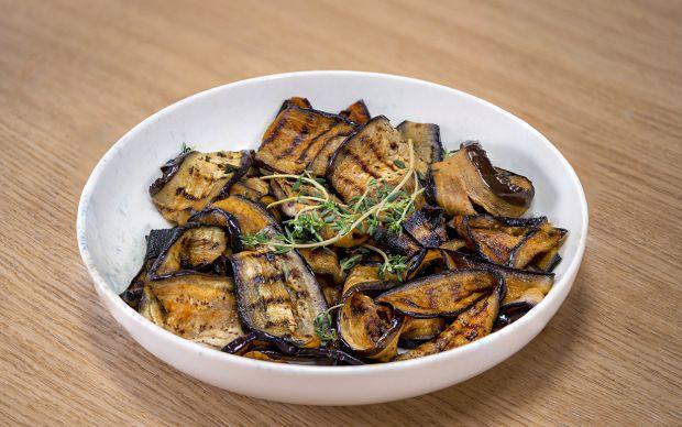 koz-biber-soslu-izgara-patlican-pratik-iftar-menusu-4