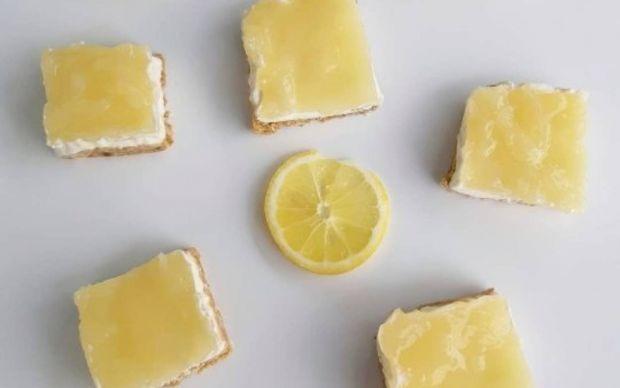limonlu-cheesecake-dilimleri-tarifi