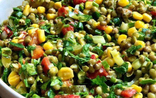 mas-fasulyeli-salata-tarifi (1)