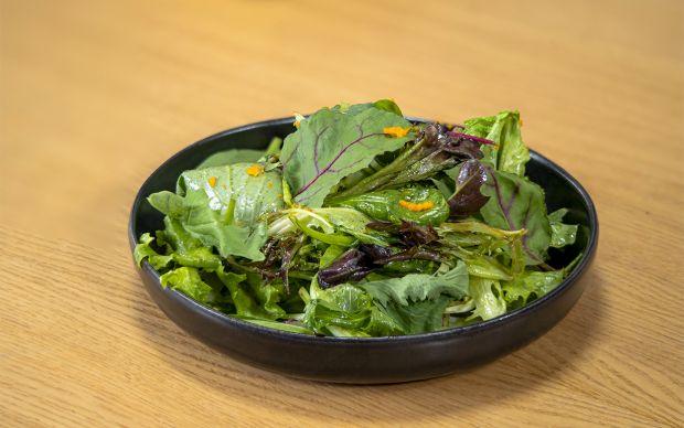 portakal-soslu-yesil-salata-one-cikan