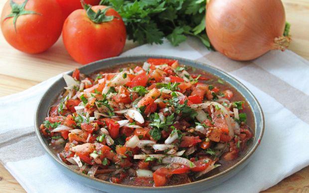 tablaci-salatasi-one-cikan