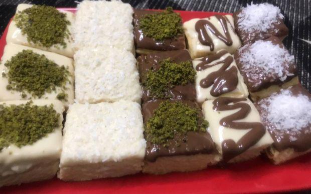 cikolatali-kare-kurabiye-tarifi