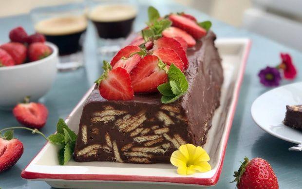 https://yemek.com/tarif/cikolatali-mozaik-pasta-5/ | Çikolatalı Mozaik Pasta Tarifi
