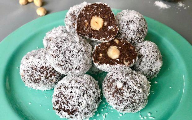 findikli-hindistan-cevizli-truffle-tarifi