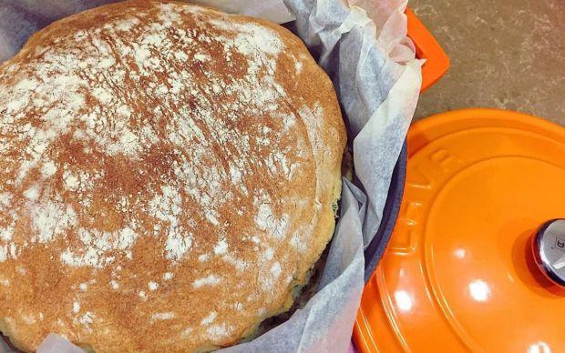 kefirli-isirgan-otlu-ekmek-beyza