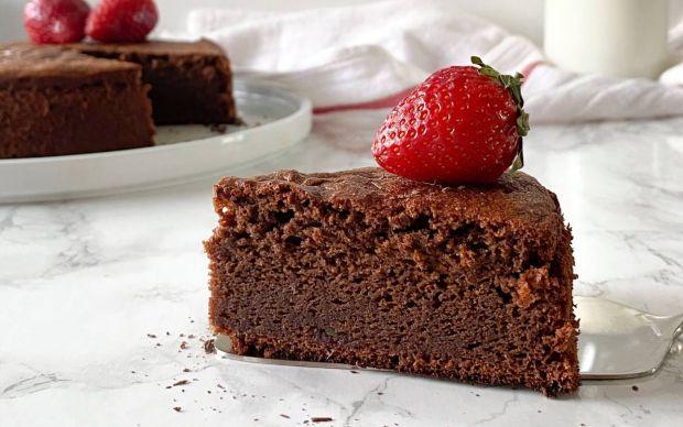rafine-sekersiz-cikolatali-kek-tarifi
