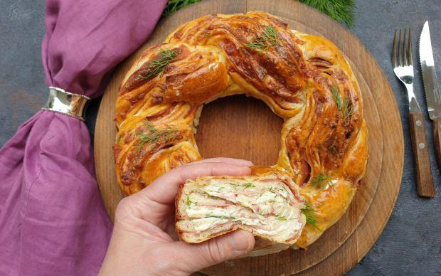 salamli-peynirli-orgu-ekmek-alime