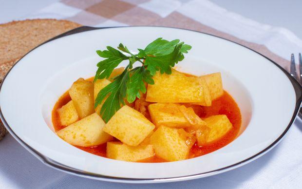 https://yemek.com/tarif/sulu-patates-yemegi/ | Sulu Patates Yemeği Tarifi