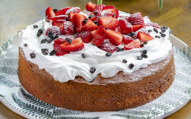 cilekli-kek-yemekcom2