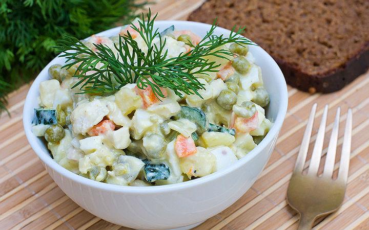 Rus Salatası Tarifi, Nasıl Yapılır? - Yemek.com