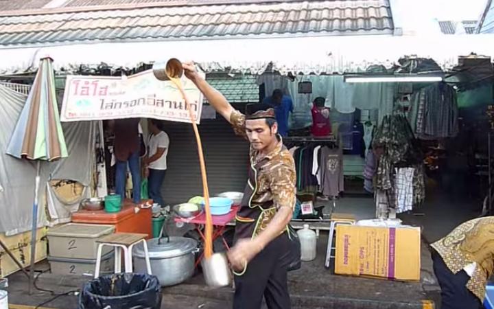 malezyali-soguk-cayci