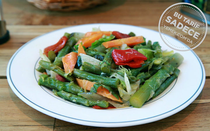 Fotoğraf: Müjde Çapraz / Namlı Gurme Kuşkonmaz Salatası