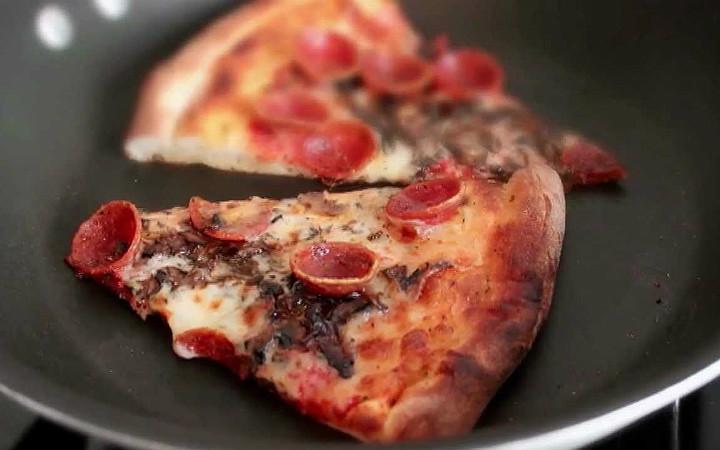 pizza-nasil-isitilir-manset