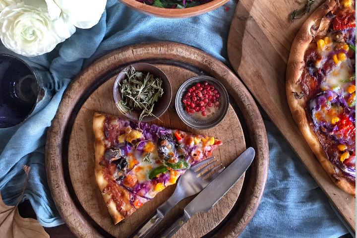 Mor Lahanalı Pizza Tarifi