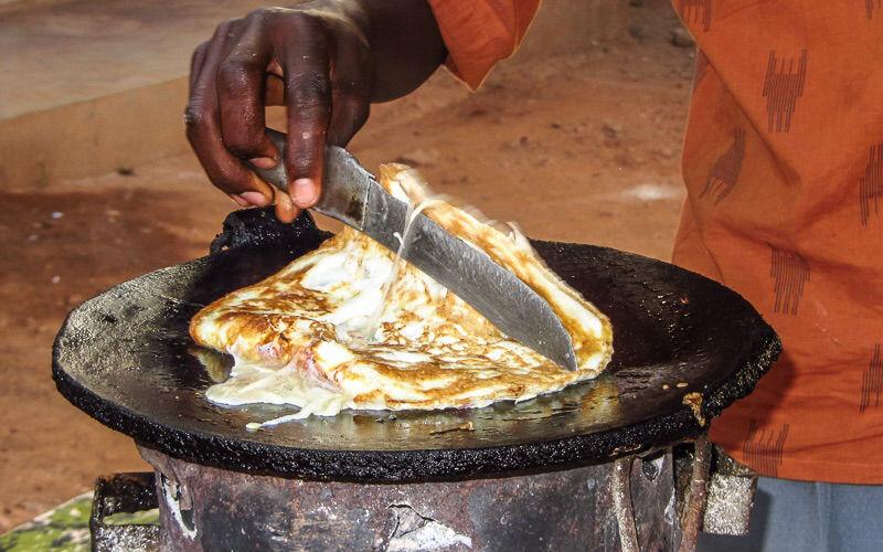 Uganda sokak lezzeti: Rolex dürüm