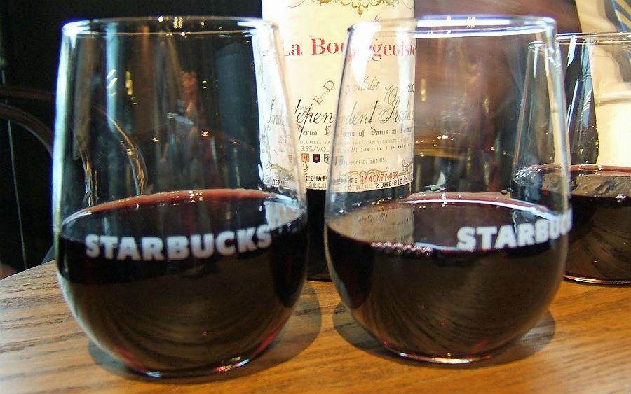 Starbucks Şarap ve Bira Satışı