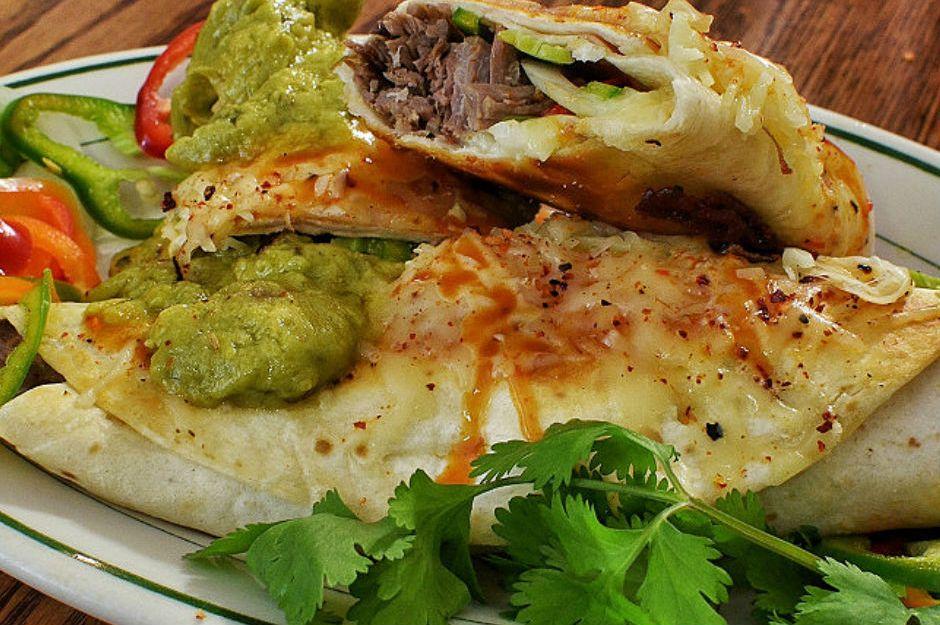 https://yemek.com/tarif/burrito/ | Burrito Tarifi