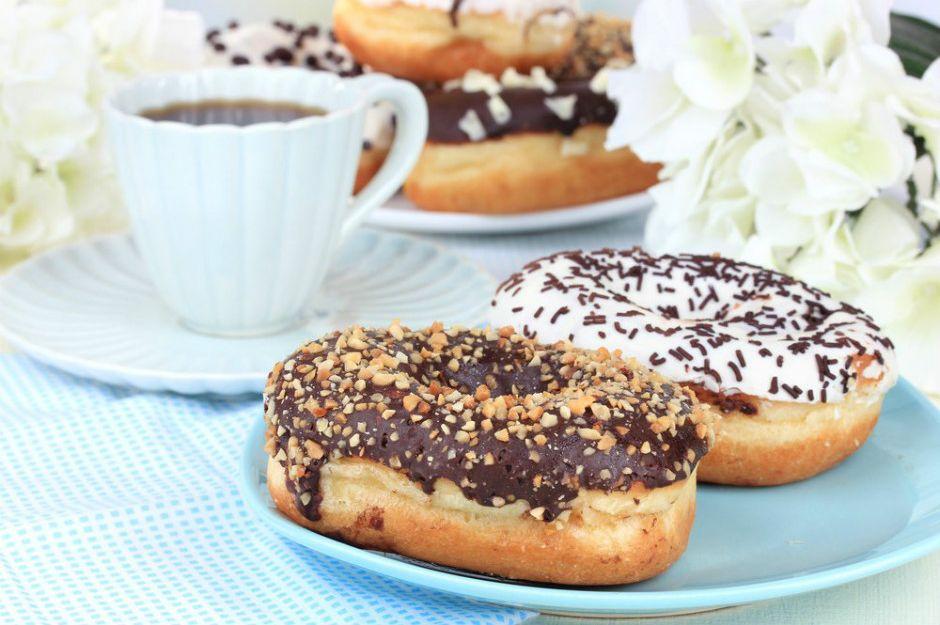 Ev Yapımı Çikolatalı Donut