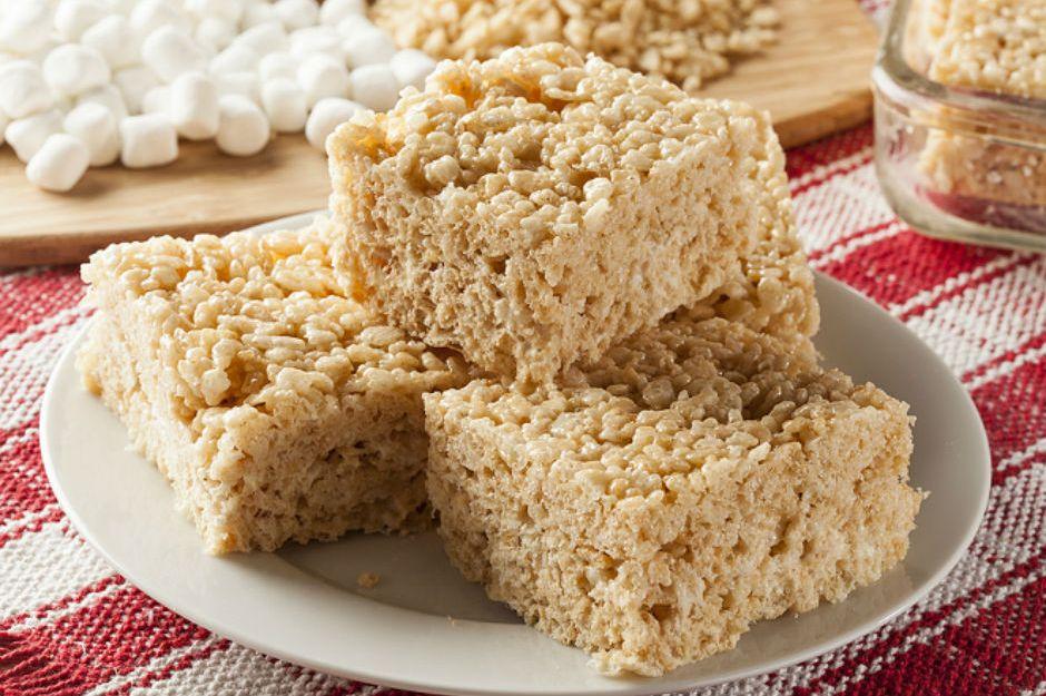 https://yemek.com/tarif/marshmallowlu-pirinc-patlagi/ | Marshmallow'lu Pirinç Patlağı Tarifi