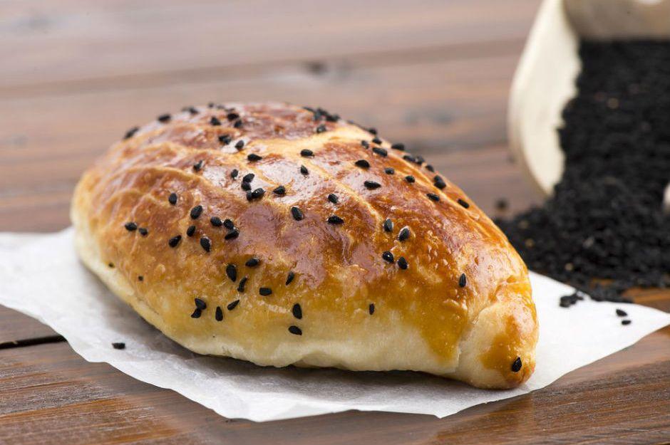 https://yemek.com/tarif/pastane-pogacasi/ | Pastane Poğaçası Tarifi