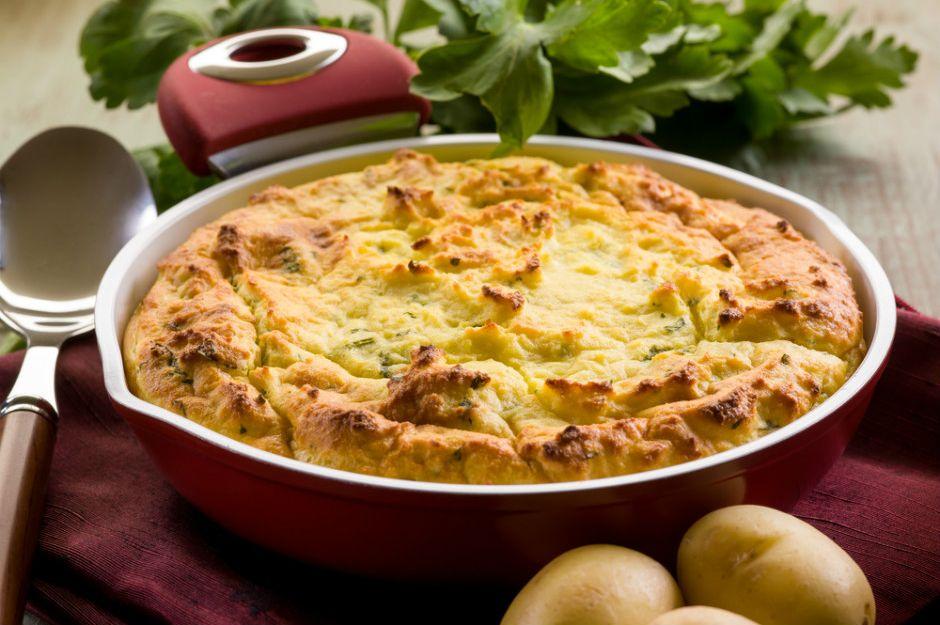 https://yemek.com/tarif/patatesli-kek/#.V3UQLbiLTIU | Patatesli Kek Tarifi