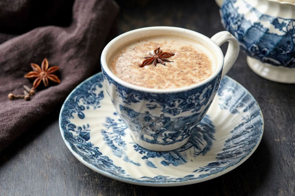 https://yemek.com/tarif/chai-tea-latte/ | Chai Tea Latte Tarifi
