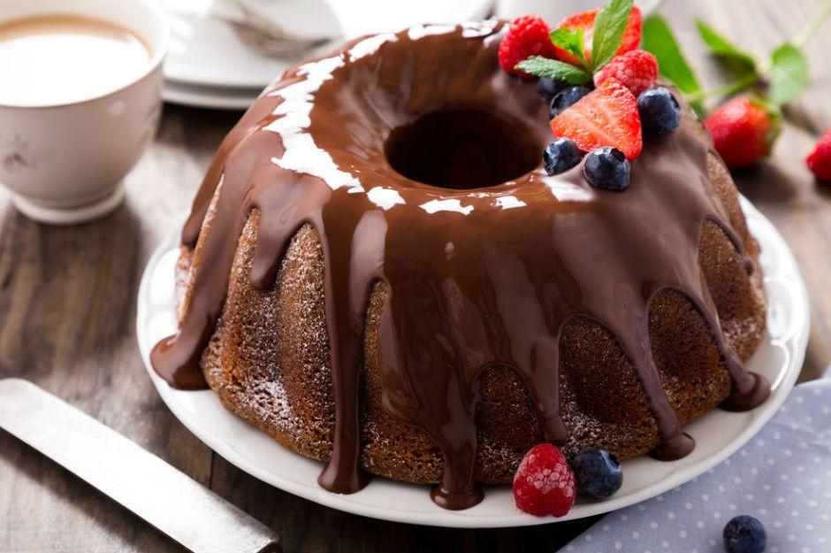 https://yemek.com/tarif/cikolatali-kek/ | Çikolatalı Kek Tarifi