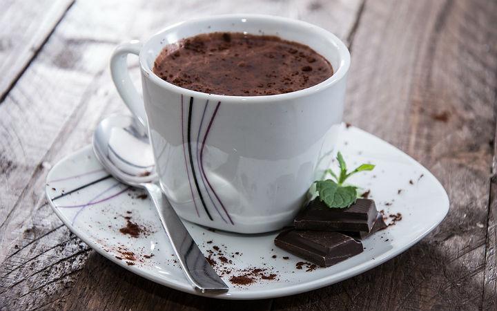 https://yemek.com/tarif/sicak-cikolata | Sıcak Çikolata Tarifi