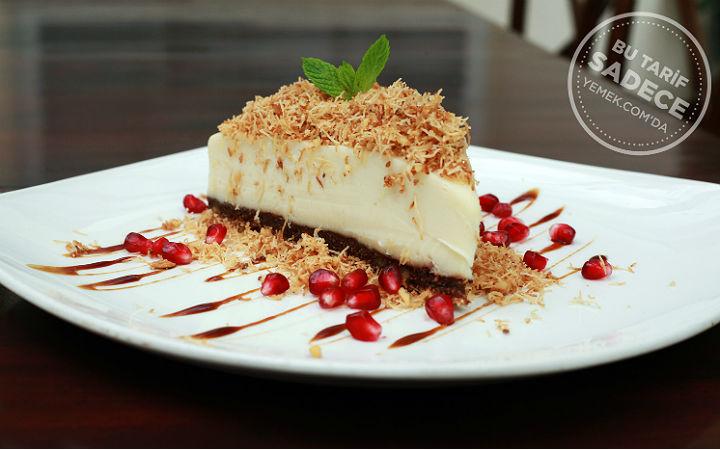 https://yemek.com/tarif/cezayir-restaurant-kadayifli-muhallebi/#.VHhOgousV9A |Cezayir Restaurant, Kadayıflı Muhallebi Tarifi