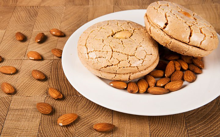 https://yemek.com/tarif/acibadem-kurabiyesi/ | Acıbadem Kurabiyesi Tarifi