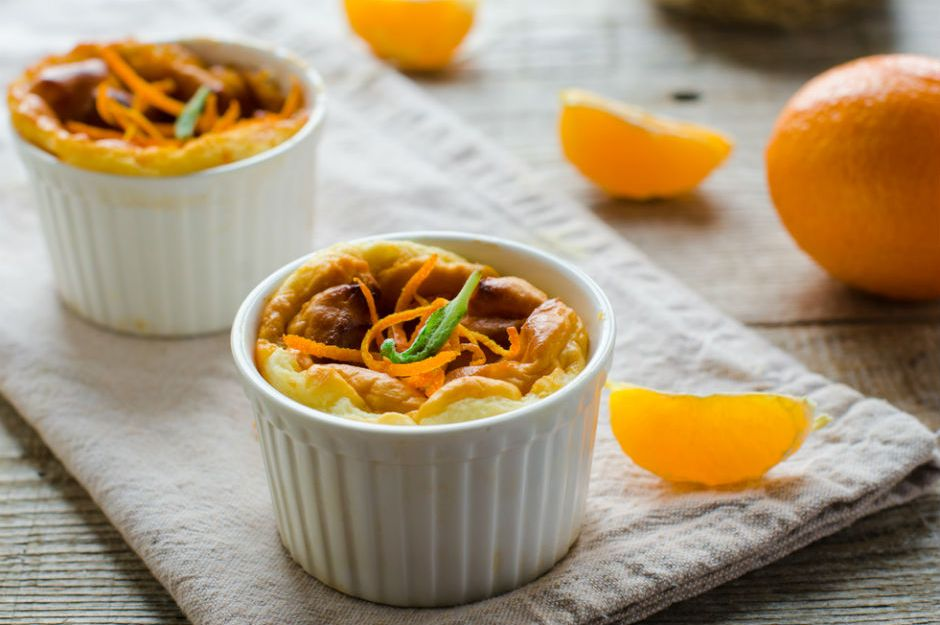 https://yemek.com/tarif/portakalli-sufle/ | Portakallı Sufle Tarifi
