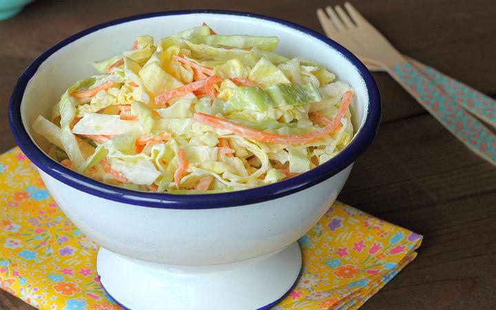 https://yemek.com/tarif/coleslaw/ | Coleslaw Tarifi