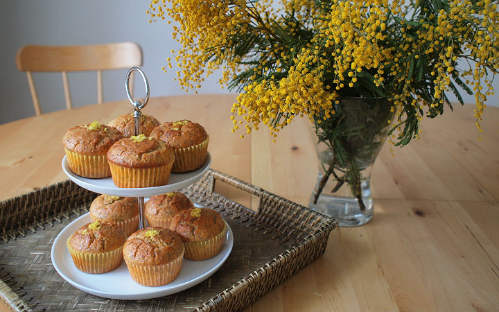 http://yemek.com/tarif/hashasli-limonlu-muffin/| Haşhaşlı Limonlu Muffin Tarifi