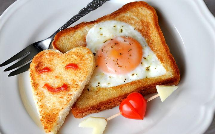 https://yemek.com/tarif/kalp-yumurta | Kalp Yumurta Tarifi