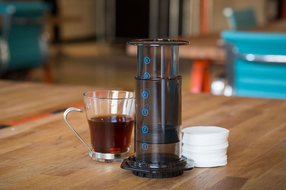 https://neededition.com/volume-3/aeropress-with-filters/ | neededition - aeropress nasıl yapılır?