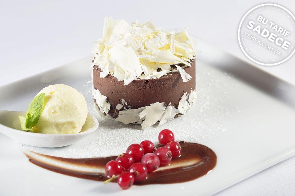 https://yemek.com/tarif/ajia-cikolatali-tart/ | A'jia Çikolatalı Tart Tarifi