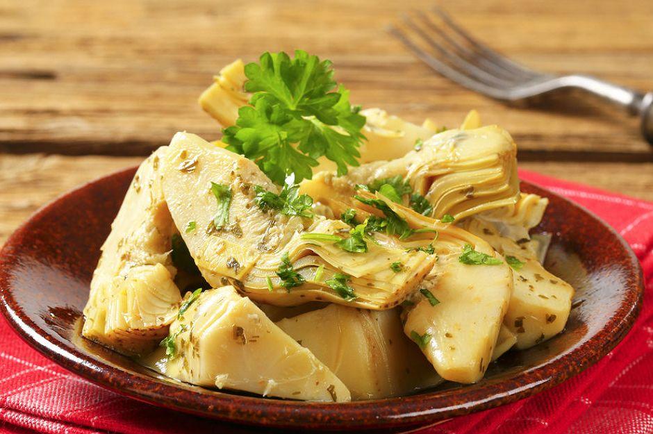 Enginar Kalbi Salatası Tarifi