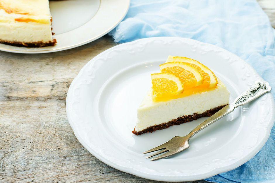 https://yemek.com/tarif/portakalli-cheesecake/ | Portakallı Cheesecake Tarifi