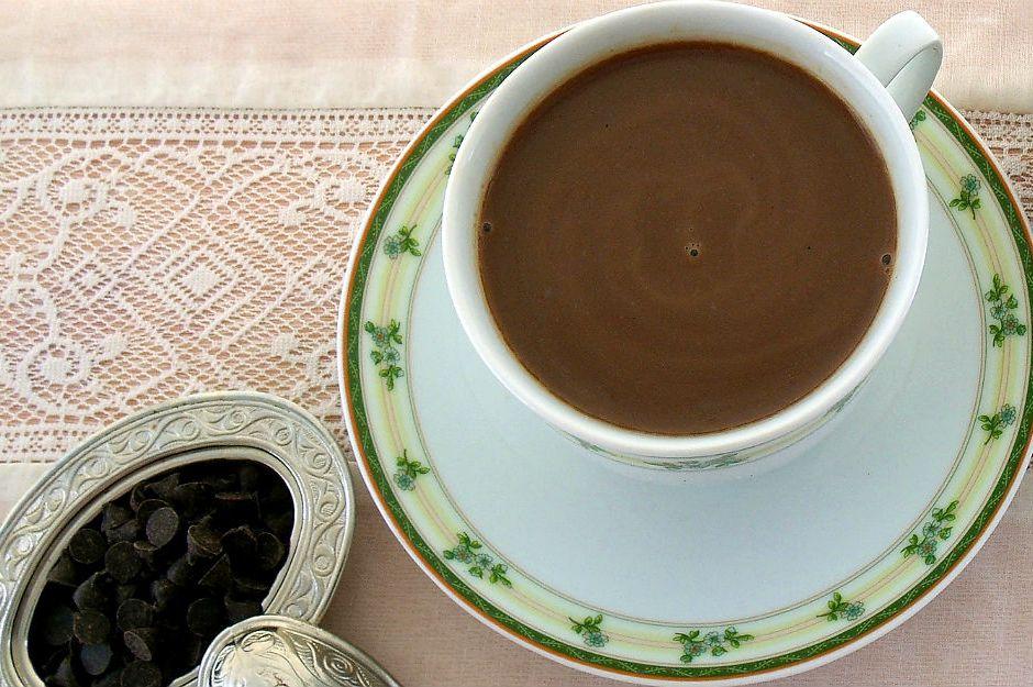 https://yemek.com/tarif/cikolatali-kahve-surubu/ | Çikolatalı Kahve Şurubu Tarifi