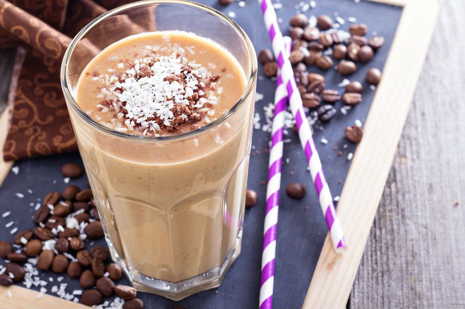 https://yemek.com/tarif/kahveli-milkshake/ | Kahveli Milkshake Tarifi
