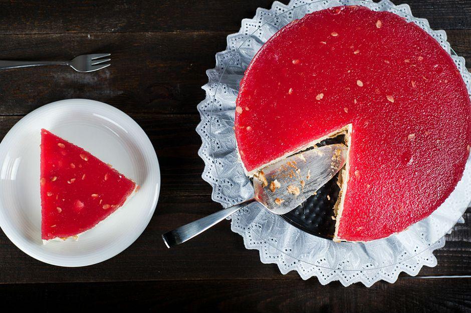 https://yemek.com/tarif/karpuzlu-cheesecake/ | Karpuzlu Cheesecake Tarifi