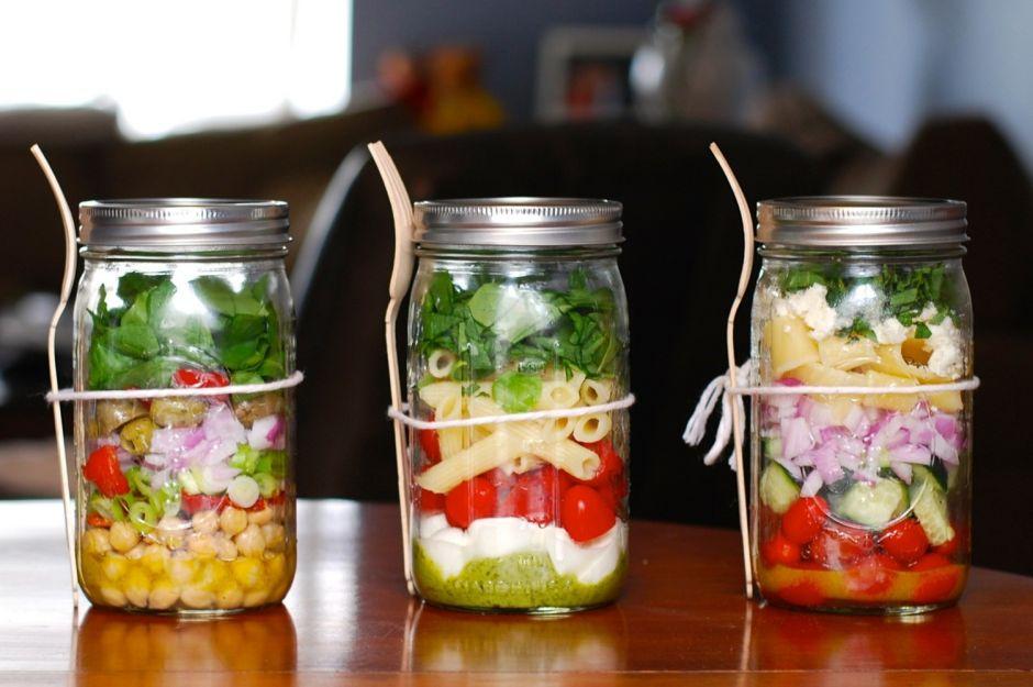 http://www.huffingtonpost.com/2014/06/06/mason-jar-salads_n_5452313.html | huffpost