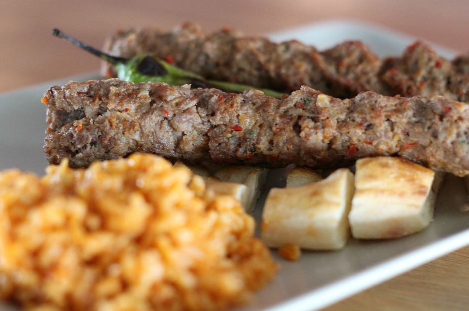 https://yemek.com/tarif/oruk-kebabi/ | Oruk Kebabı Tarifi