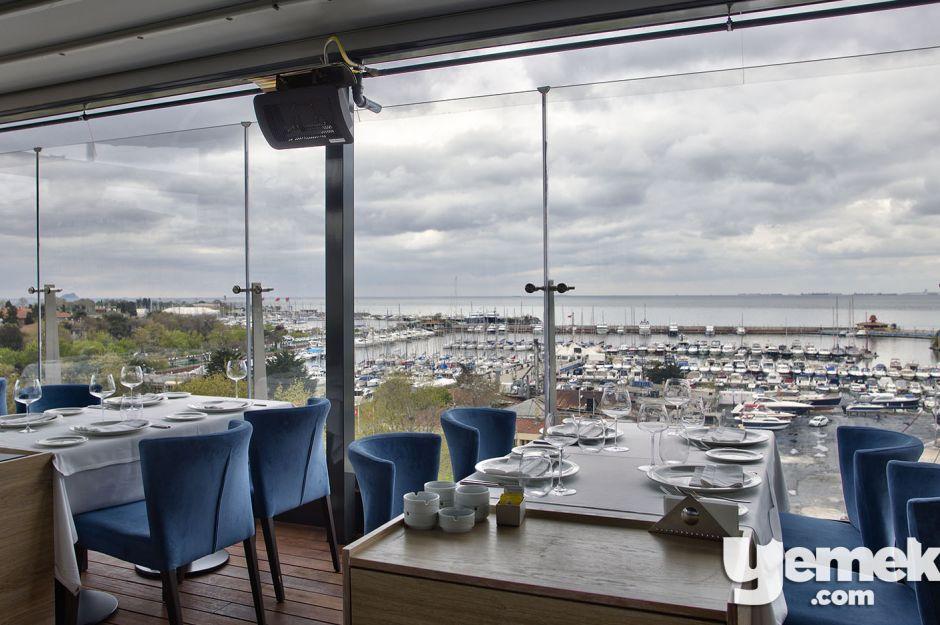 Fotoğraf: Özgür Bakır / Ouzo Roof Restaurant Kalamış