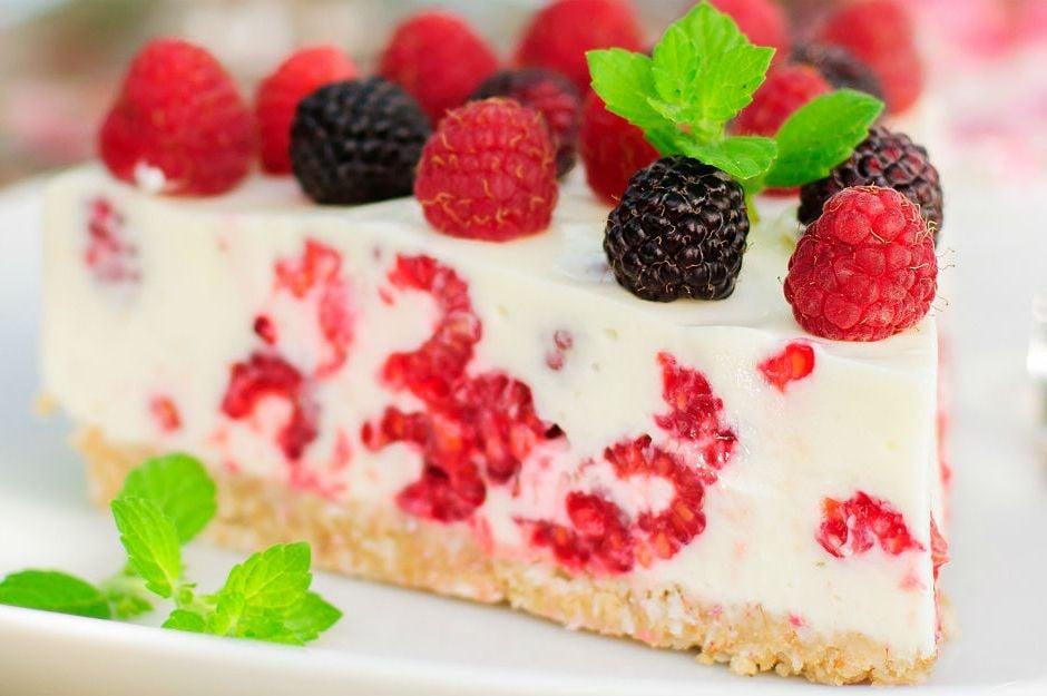 http://yemek.com/tarif/pismeyen-cheesecake/    Pişmeyen Cheesecake Tarifi