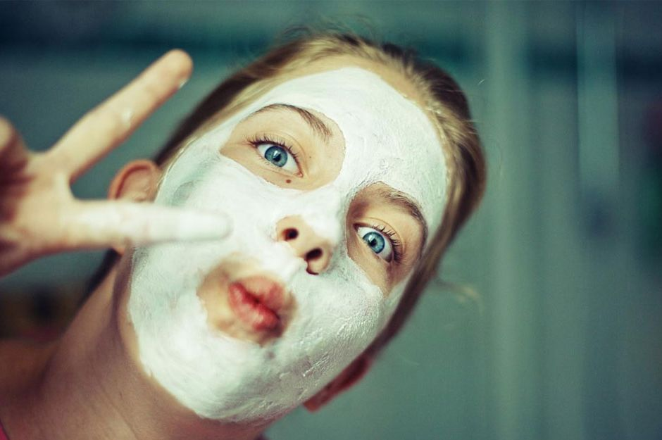 http://www.ask.com/beauty-fashion/can-one-make-homemade-facial-mud-mask-bc116da164dc6573 | ask