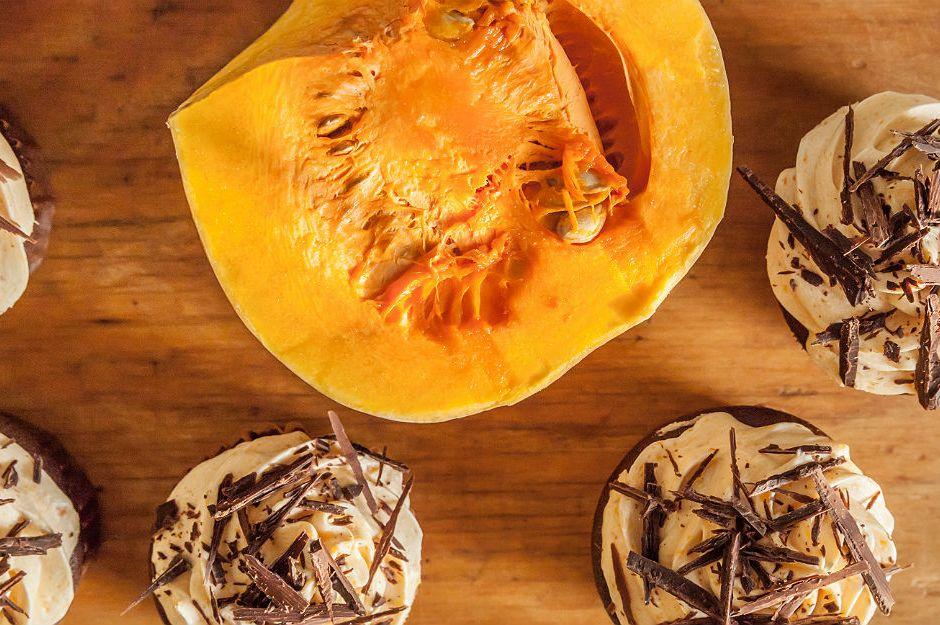 https://yemek.com/tarif/bal-kabakli-cupcake/ | Bal Kabaklı Cupcake Tarifi