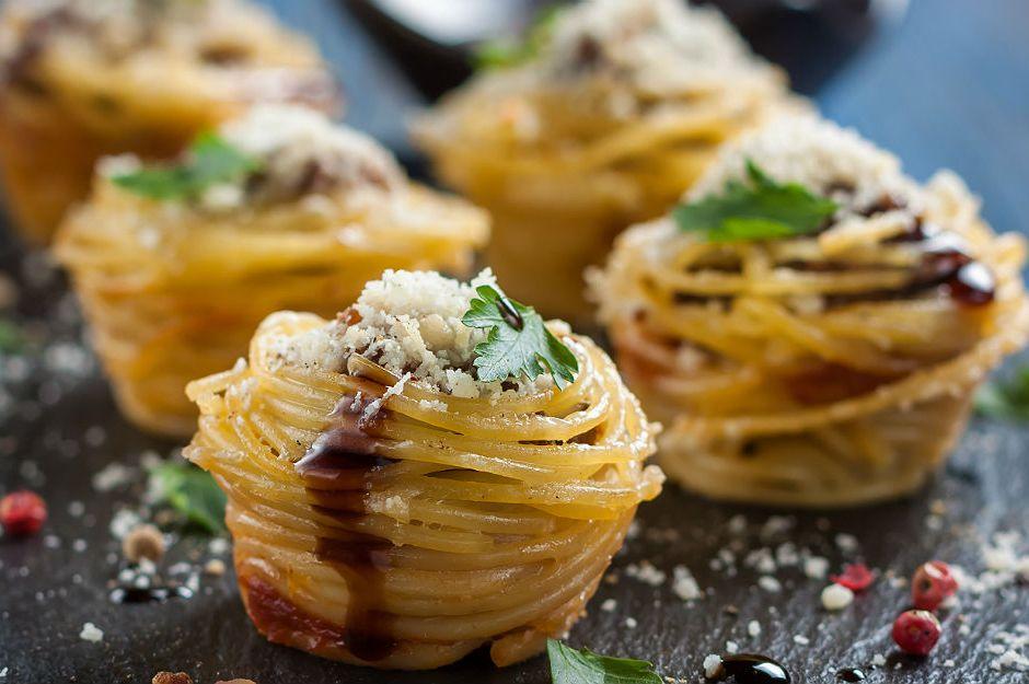 https://yemek.com/tarif/muffin-makarna/ | Muffin Makarna Tarifi