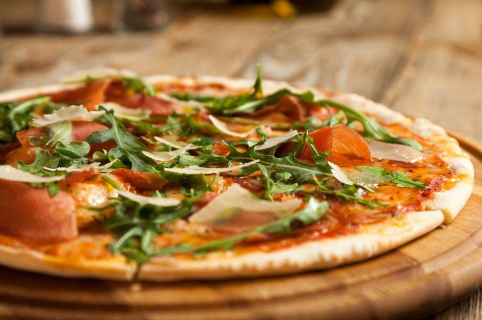 https://yemek.com/tarif/pizza-hamuru/ |Pizza Hamuru Tarifi