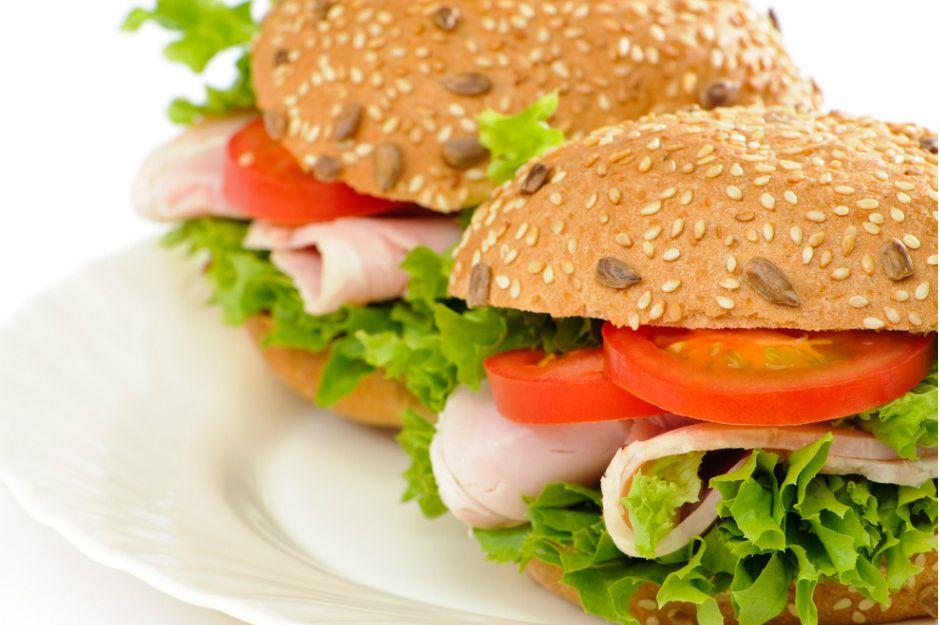https://yemek.com/tarif/sandvic-ekmegi/ | Sandviç Ekmeği Tarifi